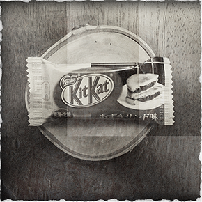Laura Ingalls Wilder tries a JapaneseKitKat